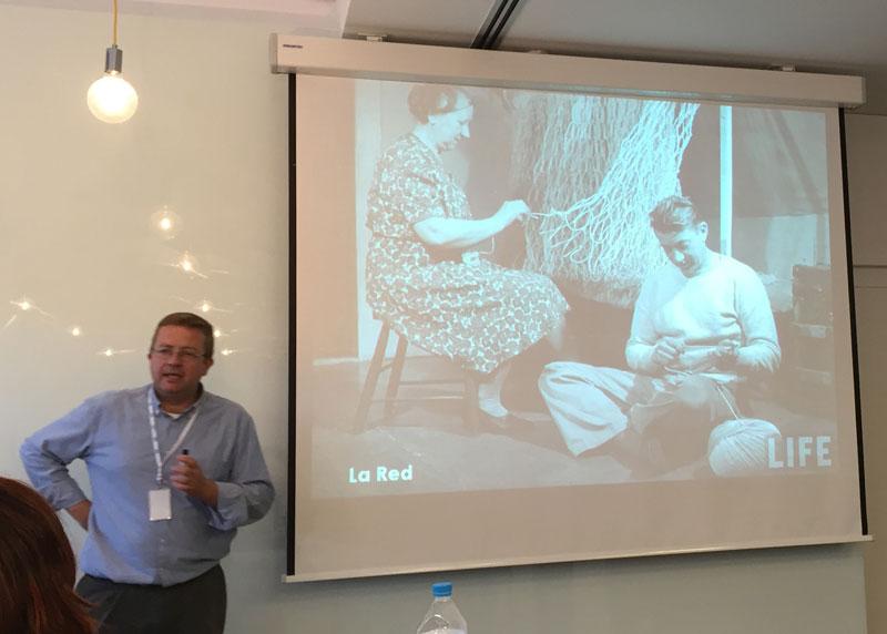 Andrés Pérez Ortega durante su clase sobre marca personal en Fundesem