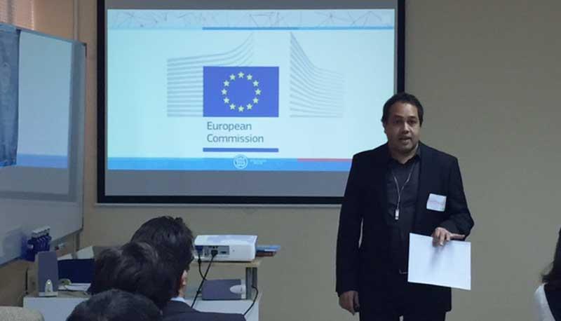 Antonio Hyder en la apertura de la Startup Europe Week Alicante en la Escuela Superior de Marketing ESUMA