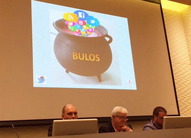 Andrés López, primero por la izquierda, durante su ponencia en las II Jornadas de Comunicación de Emergencias en Redes Sociales en la Región de Murcia