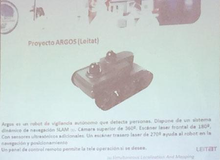 Robot del proyecto Argos presentado por José Luis Checa en el foro sobre digitalización organizado por el diario El Mundo en Elche